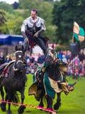Ежегодный средневековый бясь на поединке турнир на дворце Linlithgow, Scotla стоковое фото
