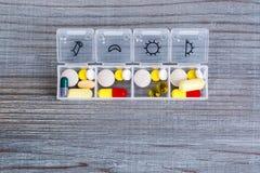 Ежедневная доза лекарства стоковое фото rf
