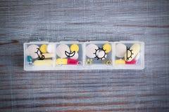 Ежедневная доза лекарства стоковое изображение rf
