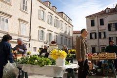 Ежедневно, рынок в Дубровник, Хорватия утра стоковое фото