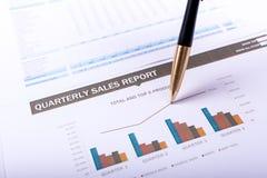 Ежеквартальный отчет о продажах Стоковая Фотография