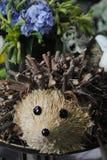 Еж сделанный от естественных материалов леса Стоковые Фотографии RF