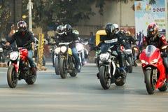 Езда Индия дня республики Ducati стоковые фотографии rf