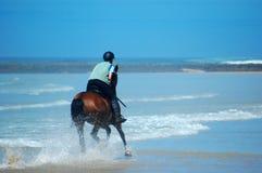 езда пляжа стоковое изображение