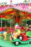 езда funfair клоуна стоковые фото