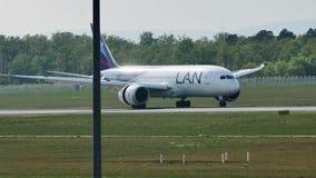 Ездить на такси авиакомпаний LAN плоский в авиапорте Франкфурта, FRA