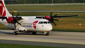 Ездить на такси чехословакских авиакомпаний плоский в авиапорте Мюнхена, MUC