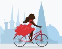 Езда велосипеда вокруг Reykjavik Бесплатная Иллюстрация