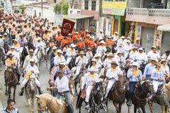 Езда лошади montubio в Salitre, эквадоре Стоковые Фотографии RF