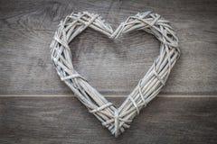 декоративное сердце на серой предпосылке стоковые фотографии rf