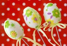 3 декоративных покрашенных пасхального яйца Стоковые Фото