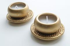 2 декоративных свечи в цвете золота Стоковое Фото