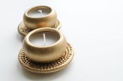 2 декоративных свечи в цвете золота Стоковое Изображение