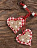 2 декоративных сердца на день валентинки Стоковые Фотографии RF