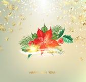 Ель рождества фантазии с цветком poisettia и золотой confetti на предпосылке стоковые изображения