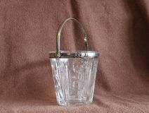 Емкость от стекла и серебра стоковое изображение