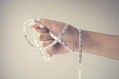 лента удерживания руки измеряя Стоковые Фотографии RF