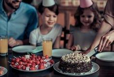 день рождения празднуя семью Стоковое Фото