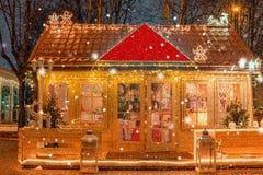 деревянное иллюстрации дома 3d изолированное изображением малое Стоковые Изображения