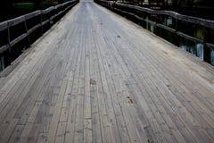 деревянное моста старое стоковая фотография rf