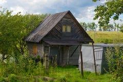 деревянное дома старое Стоковые Изображения
