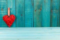 деревянное сердца предпосылки красное Стоковые Фото