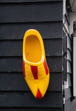 деревянный clog, традиционные голландские ботинки Стоковые Изображения RF