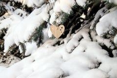 деревянных игрушек в форме сердца Стоковые Фотографии RF