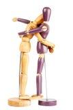 2 деревянных куклы обнимая один другого Стоковое Фото