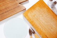 2 деревянных доски и ножа Стоковое Изображение