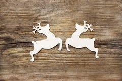 2 деревянных оленя Стоковые Изображения