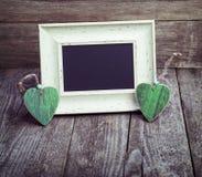 2 деревянных сердца и классн классного Стоковые Фото