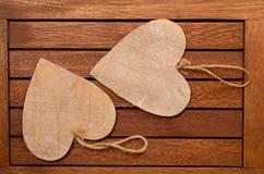 2 деревянных сердца Стоковая Фотография