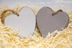 2 деревянных сердца Стоковые Изображения