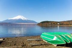 держатель озера fuji стоковое изображение rf