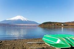 держатель озера fuji стоковые изображения rf