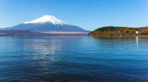 держатель озера fuji стоковые фотографии rf