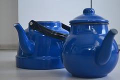 Если чайник хорош, то чай был бы славен, Стоковое Фото