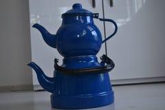 Если чайник хорош, то чай был бы славен Стоковые Изображения