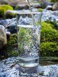 Естественная вода в стекле стоковое изображение
