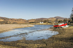 Естественная гавань на Glenelg в Шотландии стоковое изображение rf