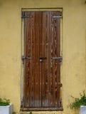 Естественная деревянная дверь Стоковое Фото