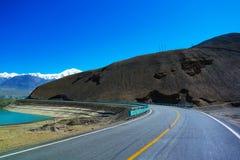 Естественная красота вдоль дороги стоковое изображение rf
