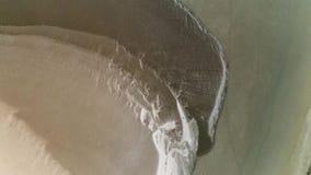 Естественная мраморная текстура коричневых и белых цветов, взгляда сверху r Антенна для керамической предпосылки гранита с сток-видео