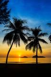 Естественная сцена на пляже Ao Manow во времени восхода солнца Стоковая Фотография RF