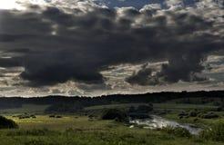 Естественные ландшафты в историческом месте Pushkinskiye окровавленное Пскова, России Стоковое Изображение