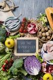 Естественные еда и текст говорят нет к обрабатываемой еде стоковые фотографии rf