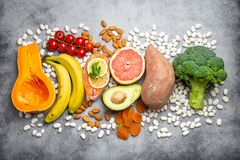 Естественные источники еды калия стоковое фото rf
