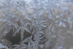Естественные морозные картины на стекле Стоковые Изображения RF