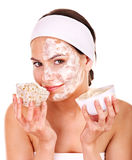 Естественные домодельные органические лицевые маски меда. Стоковая Фотография